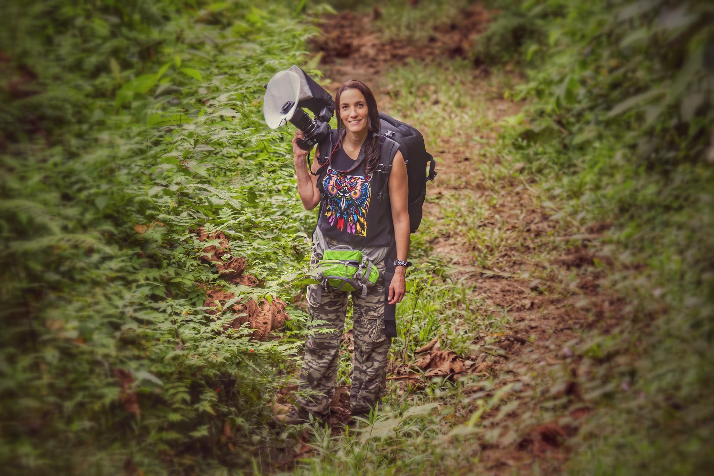 Cynthia Bandurek exploring and photographying in the amazon Jungle of Ecuador